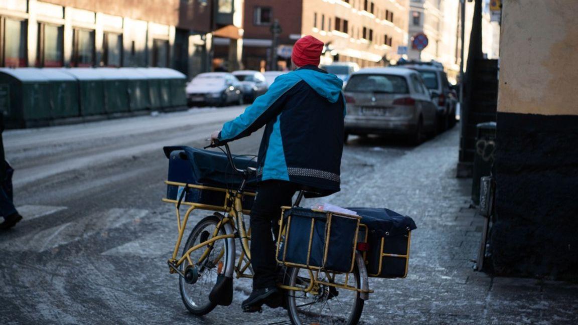 Postnord på cykel. Foto: Carl-Olof Zimmerman/TT