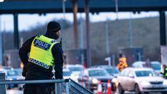 Inresekontroll vid betalstationen på Lernacken vid Öresundsbrons fäste på den svenska sidan om Öresund. Foto: Johan Nilsson/TT.