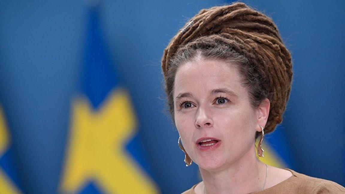 Kultur- och demokratiminister Amanda Lind. Foto: Stina Stjernkvist/TT