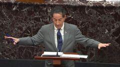 Jamie Raskin, som leder riksrättsåtalet mot USA:s expresident Donald Trump, talar i senaten. Foto: Senate television via AP/TT.