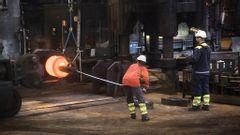 Bild från stålproduktion på Ovako. Foto: Fredrik Sandberg/TT