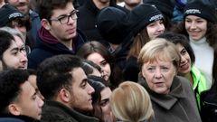 Tysklands rikskansler Angela Merkel vid en minnesceremoni i november 2019 för Berlinmurens fall. Foto: Michael Sohn/AP/TT.