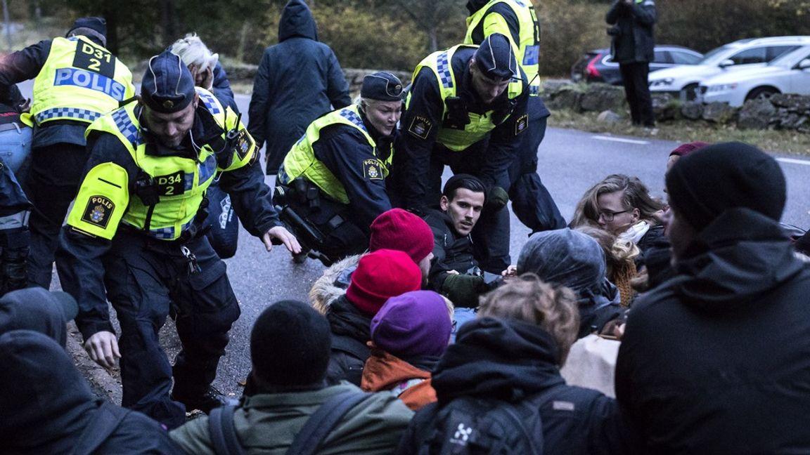 """En demonstration mot utvisning av """"ensamkommande"""". Bilden är tagen 2017. Foto: Thomas Johansson/TT"""
